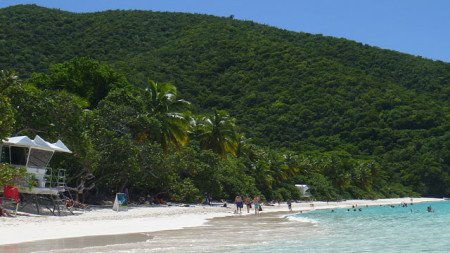 Trunk Bay beach on Saint John during low season
